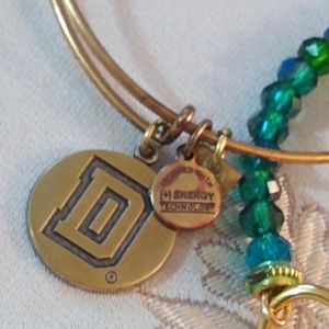 Letter D Alex and Ani